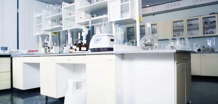 red thread-lab-tool